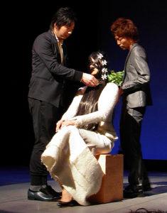KOZOステージのは松屋銀座店代表のWAKAが締めます!